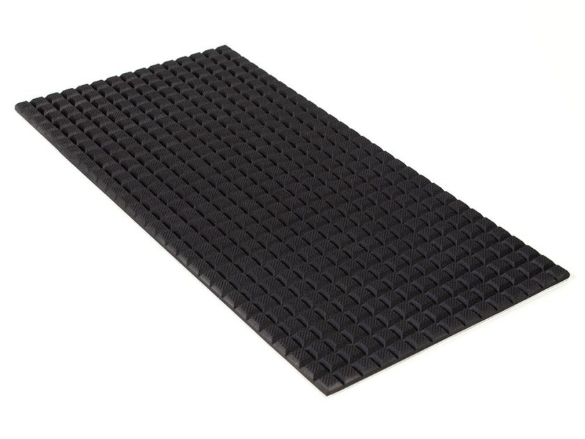 PFA Nitrile Rubber (NBR  Buna-N)  Gripper Pad on Aluminum plate - Waffled surface